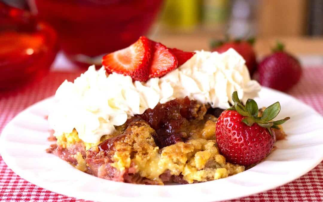 Easy Strawberry rhubarb crumble (Crisp)