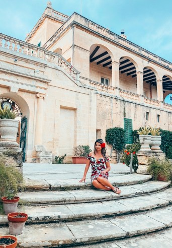 San Antons Palace How To Travel Around Malta On A Budget