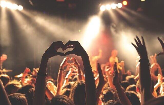 ジャニーズJr.の情報まとめ♡現メンバーのプロフィールやコンサートの歴史を紐解いてみよう!