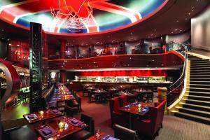 Paris Las Vegas large dining hall