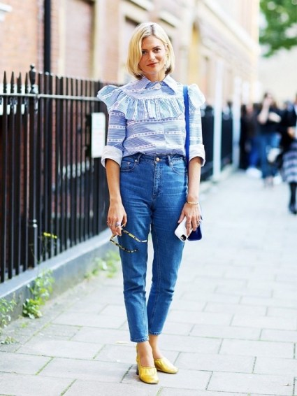 9-signs-the-1980s-are-the-next-big-trend-in-street-style-1584394-1449274421-640x0c