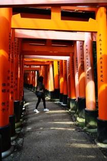 Fushimi Inari Shrine Kyoto Japan via youmademelikeyou.com