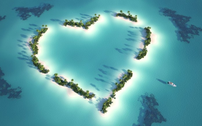 Cool-Love-HD-Wallpaper For PC