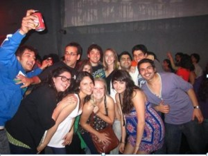 TOP BEST PLACES TO HANGOUT WITH FRIENDS IN DELHI