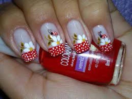 arylic nail art design