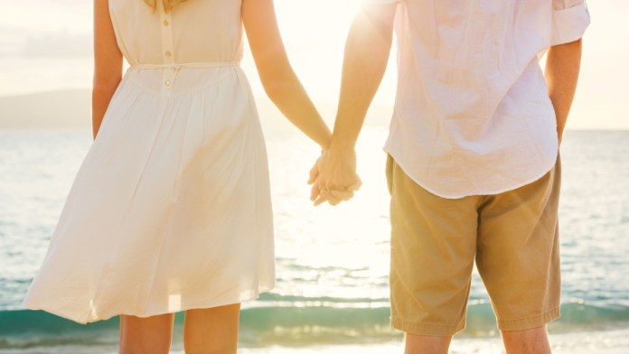 Love Holding Hands Wallpaper For Android