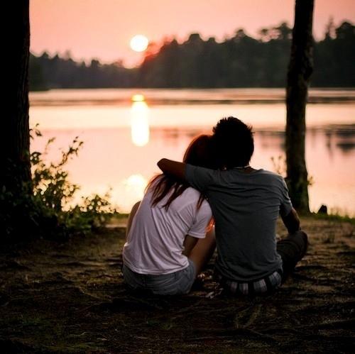 Romantic-Couple-Love-Wallpaper