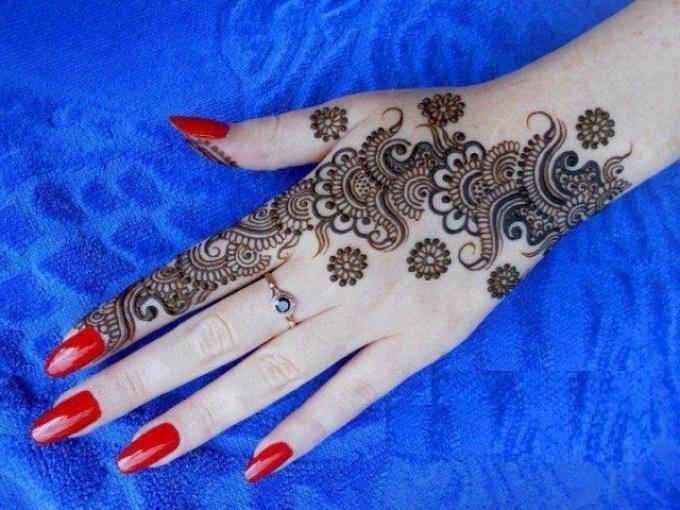 arebic karva chauth mehandi design
