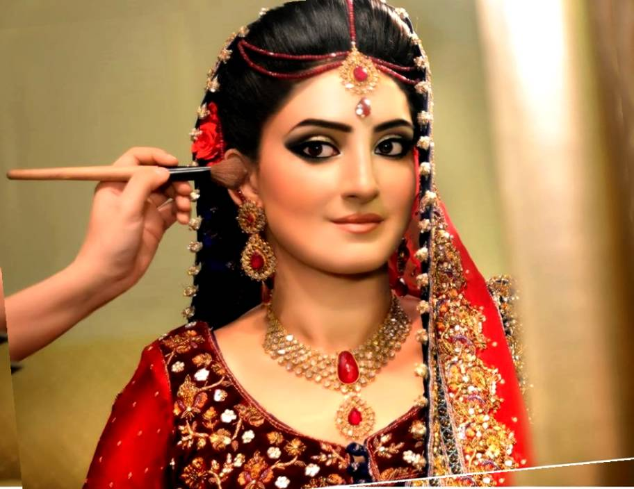Enjoyable Top 30 Most Beautiful Indian Wedding Bridal Hairstyles For Every Short Hairstyles Gunalazisus