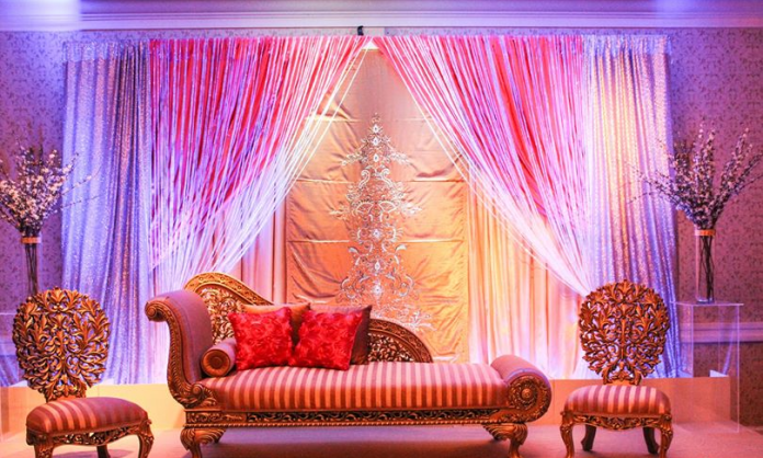classy wedding center stage decoration