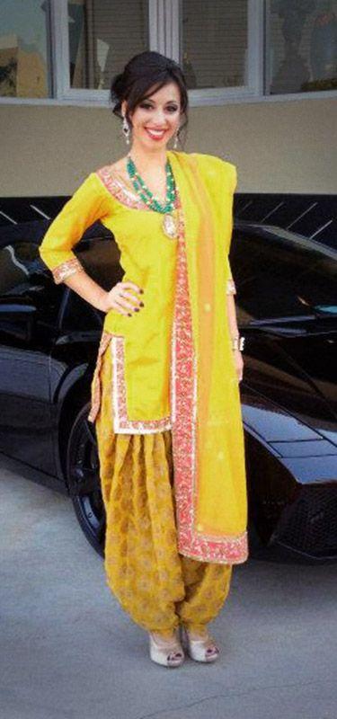 salwar kameez designs by manish malhotra