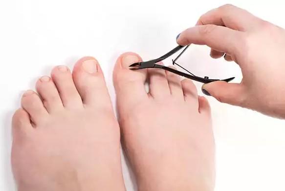 exfoliating your feet