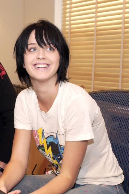 Beautiful Actress Katy Perry Unseen without makeup Photos and images