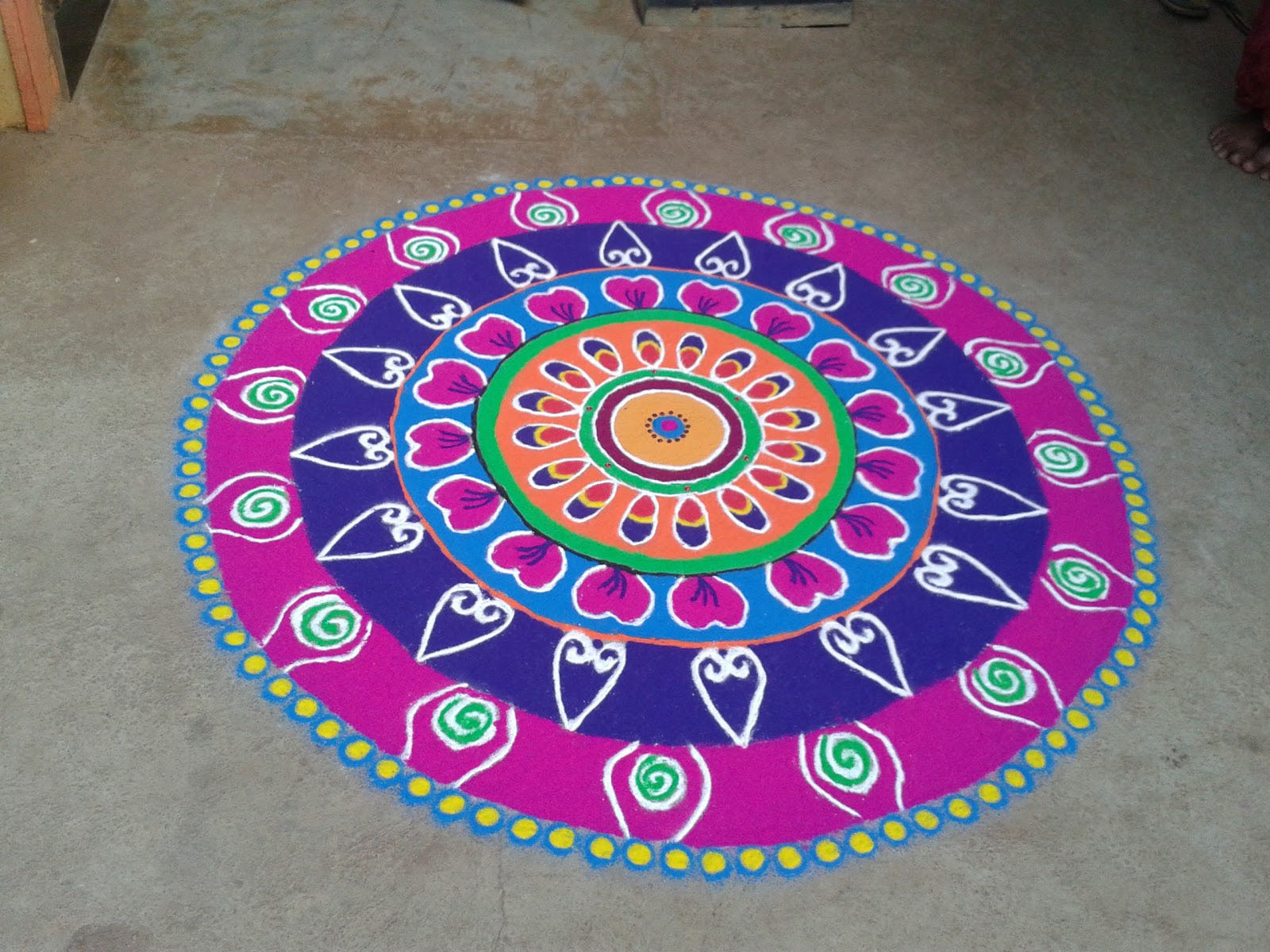 top 35 beautiful easy rangoli designs for diwali