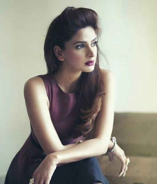 Saba Qamar Beautiful pakistani women pretty actress images wallpapers