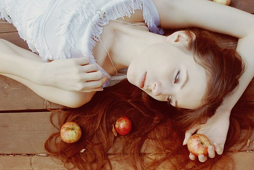 benefits of apple juice for hair