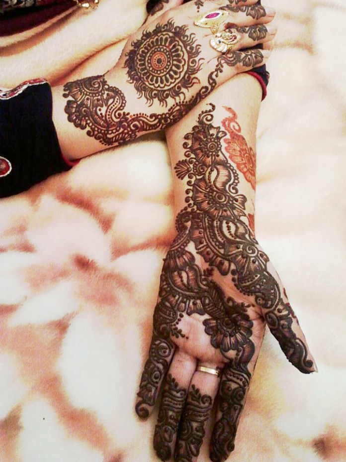 Top 50 Latest Arabic Mehendi Design Pictures For Hands - Youme And