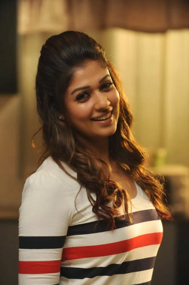 nayanthara beautiful actress images Pretty Indian Girl Photos