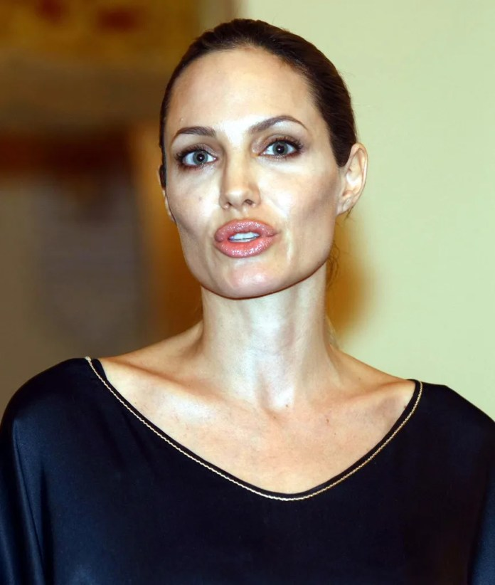 Angelina Jolie Hot Pics Wallpapers Without Makeup