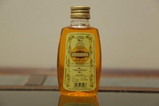 essential tea tree oil