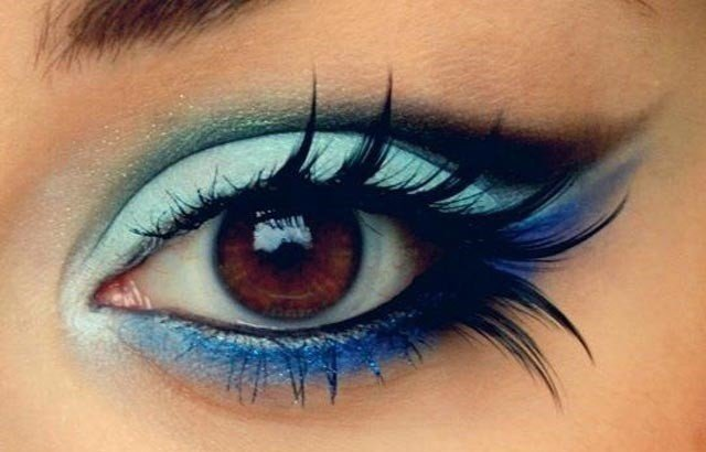 Simple-Beautiful-Peacock-Eye-Makeup-Designs