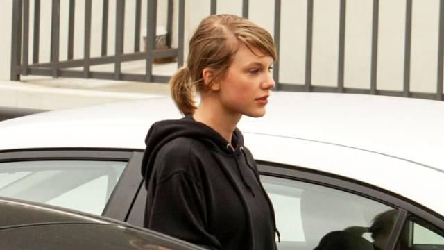 Taylor Swift Beautiful Photos No Makeup