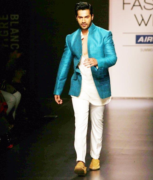 bollywood style kurta pajama for men