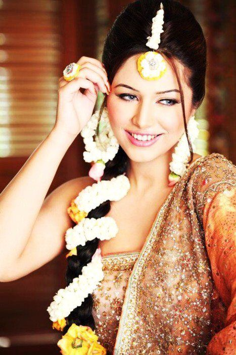 floral jewellery for braid