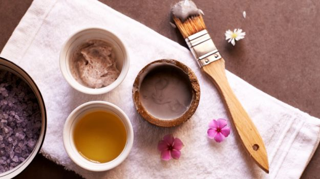 benefits of multani mitti for hair