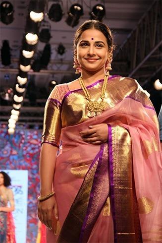 vidhya balan silk saree blouse design