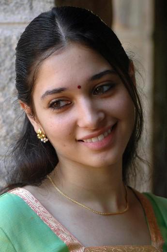 Tamannah Bhatia without makeup Images and Photos