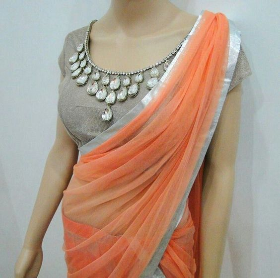 latest blouse neck design