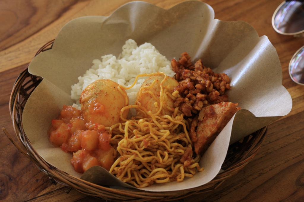 Nasi pedas in Bali