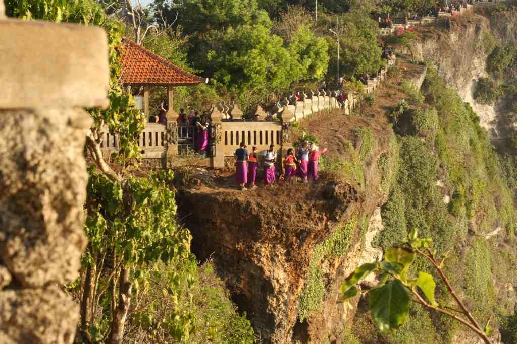 Tourists on a Bukit Peninsula day trip
