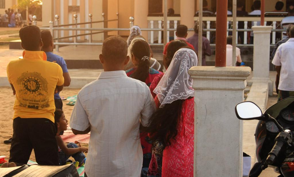 Christian Sri Lankans praying