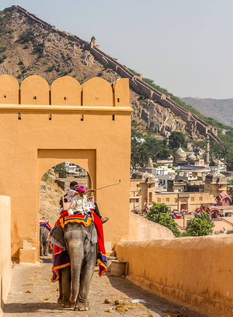 Riding an elephant up to Amer Fort