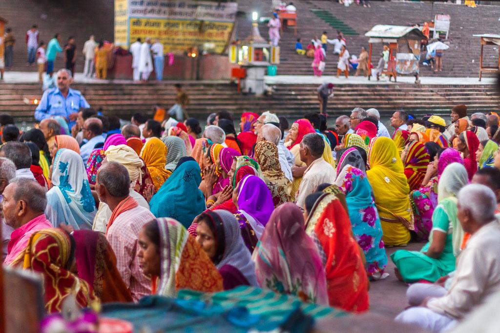 Pilgrims at the Har-Ki-Pairi ghat