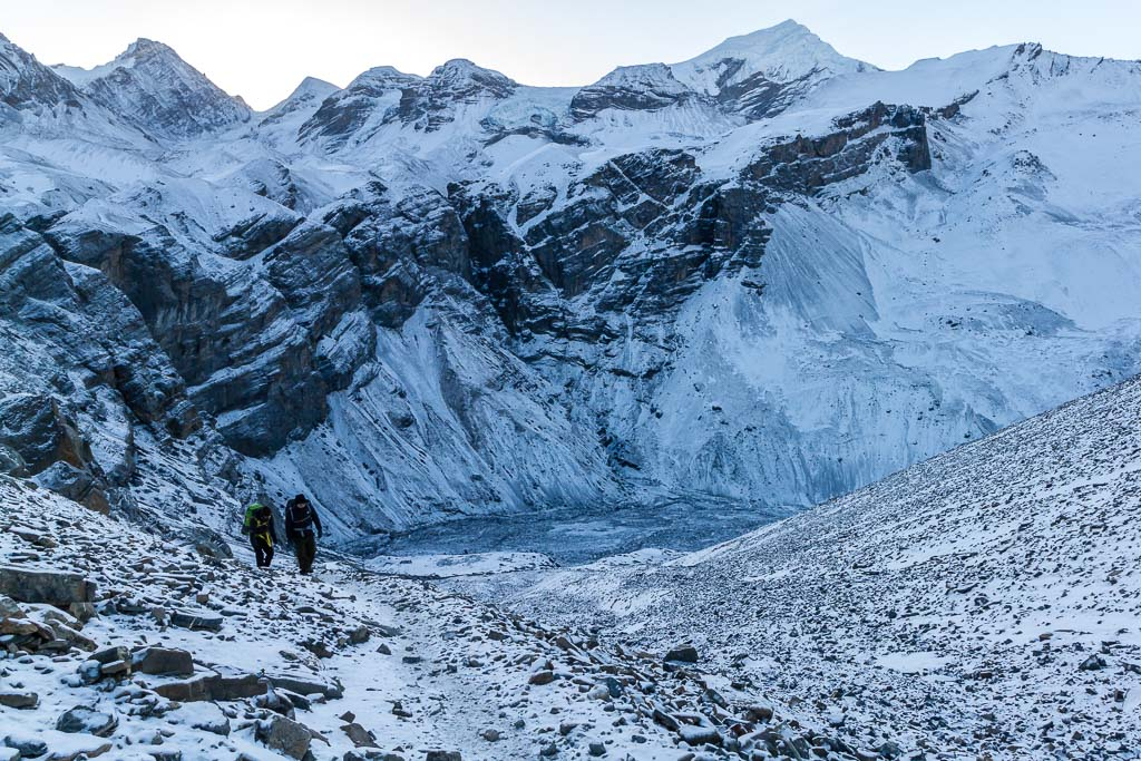 The trail from Thorung Phedi