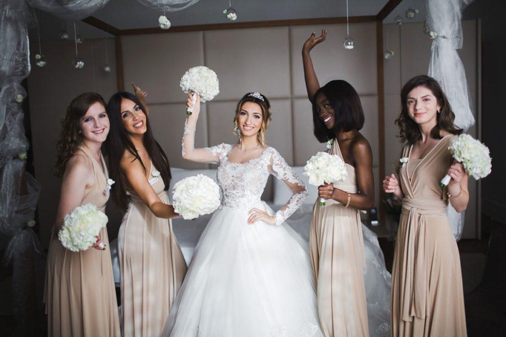 букет невесте и подружке невесты для свадьбы в Риме