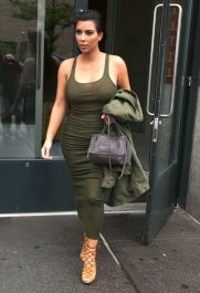 kim-kardashian-out-and-about-in-new-york-06-02-2015_2
