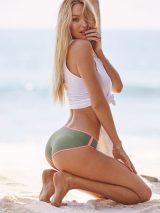 Candice-Swanepoel--Victorias-Secret-Photoshoot-2016--08-662x882