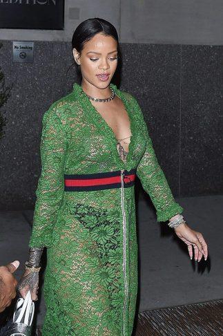 Rihanna-in-green-lace-dress--23-662x994