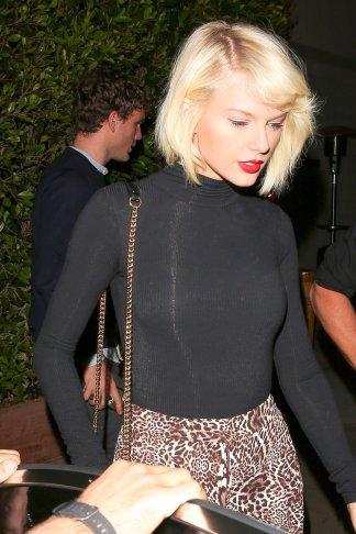 Taylor-Swift-1-1