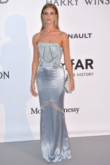 rosie-huntington-whiteley-at-amfar-s-23rd-cinema-against-aids-gala-in-antibes-05-19-2016_5