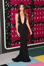 lily-aldridge-at-mtv-video-music-awards-2015-in-los-angeles_3
