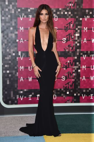 lily-aldridge-at-mtv-video-music-awards-2015-in-los-angeles_7