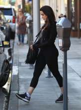 Jessica-Lowndes-in-Tights--033