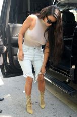 kim-kardashian-out-and-about-in-miami-09-17-2016_5