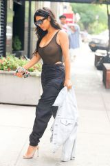 kim-kardashian-out-and-about-in-new-york-09-09-2016_5
