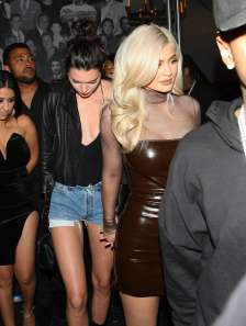 kylie-and-kendall-jenner-at-catch-restaurant-06